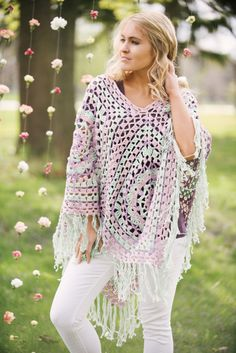 Summer days are filled with sunshine and warmth, but as dusk sets in so does a slight chill. During these moments having a chic and stylish lightweight poncho to quickly throw on would not only be a practical solution, but also an enjoyable accessory to wear!