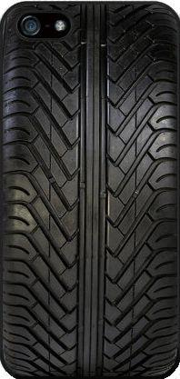 Coque de portable en pneu recyclé    #pneu #pneus #tyre #tyres #tire #tyres #recyclage #recycled #ecolo #portable #recycling #neige #chaines