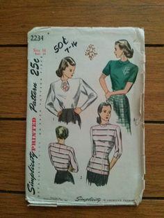 Vintage 1940s Blouse Simplicity Pattern 2234 B34 by bycinbyhand, $15.00 #bycinbyhand #cinsfreshpicked #vintagesewingpattern  #1940sfashion #WW2 #Simplicity #bigband #swingera #newlook #reinactment