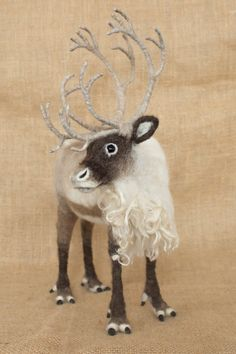 RESERVED FOR JOY Arthur the Caribou: Needle von TheWoolenWagon