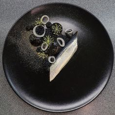 Herring, sepia-sour cream, caviar, pickled onions and dill by ・・・ Tag your best plating pictures with to get featured. Michelin Star Food, Plating Techniques, Black Food, Food Painting, Food Garnishes, Pickled Onions, Culinary Arts, Food Presentation, Food Design
