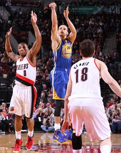 4.17.13 | Despite struggling early from the field, Stephen Curry finished with 15 points on his historic night.