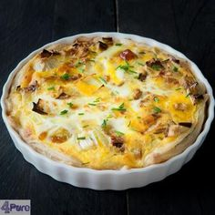 prei quiche met geitenkaas, honing en walnoot - leek quiche with goat cheese, honey and walnuts Vegetarian Quiche, Vegetarian Recipes, Feel Good Food, I Love Food, Leek Quiche, Oven Dishes, English Food, Quiche Recipes, Good Healthy Recipes