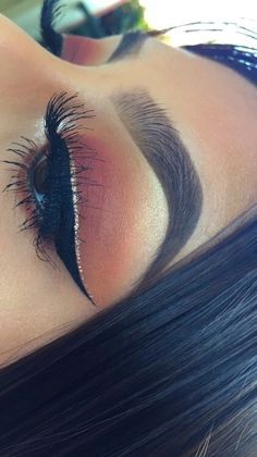 Eye Makeup Tips.Smokey Eye Makeup Tips - For a Catchy and Impressive Look Makeup On Fleek, Kiss Makeup, Flawless Makeup, Cute Makeup, Gorgeous Makeup, Pretty Makeup, Hair Makeup, Makeup Hairstyle, Prom Makeup