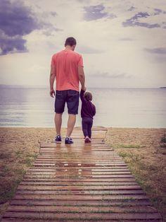 Wir wünschen allen Vätern die besten Wünsche zum VATERTAG 2020! 🥰  Euer obereder-Team  #Vatertag #FathersDay #Oberoesterreich #MuehlviertlerAlm #Unterweissenbach #obereder Fathers Day Date, Fathers Day Quotes, Gift Quotes, Gifts For Father, Happy Fathers Day, Friday Movie, Small Acts Of Kindness, Recent Movies, Ways To Be Happier
