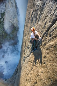 Mountain Climbing, Rock Climbing, Climbing Wall, Trekking, Cool Pictures, Cool Photos, Bouldering Wall, Yosemite Falls, Escalade