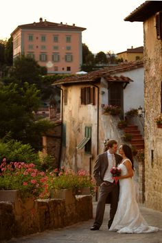 italy wedding. beautiful picture <3 ,,,yeh that awesome