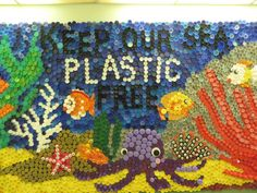 This Plastic Pollution Resource Pack is perfect for Enviroweek. Ideal for primary students, it shows how different countries deal with Plastic Pollution. School Displays, Classroom Displays, Art Classroom, Bottle Top Art, Bottle Top Crafts, Plastic Bottle Tops, Plastic Art, Recycled Art Projects, Recycled Crafts