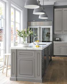 Modern Grey Kitchen Cabinets Best Of 15 Stunning Gray Kitchens Dark Grey Kitchen Cabinets, Modern Grey Kitchen, Grey Kitchen Designs, Gray And White Kitchen, Kitchen Designs Photos, Farmhouse Kitchen Cabinets, Grey Kitchens, Kitchen Cabinet Design, Kitchen Interior