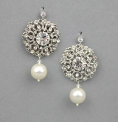 Vintage wedding earrings. exactly what I want! why cant i find something like this!!