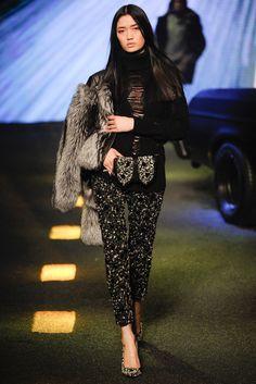 Philipp Plein Fall 2014 Ready-to-Wear Fashion Show - Feng Qi Wen