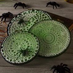 Decoupage - Spider Web Doilies Halloween Decorations