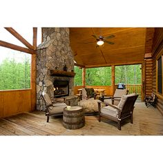 The Lakewalk cabin has an incredible outdoor living room!