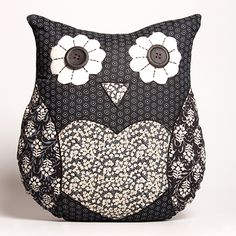 Vintage Style Navy Owl Cushion