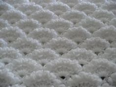 Punto abanicos en relieve tejido a crochet - YouTube