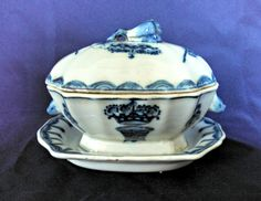 Antique Chinese Export Porcelain Covered Gravy-Condiment Tureen with Underplate - 19th Century - Victorian Era - Circa 1840-1900 by AnchorLineVintage on Etsy