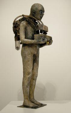 Marc Janssens - terracotta esemblage 62 cm