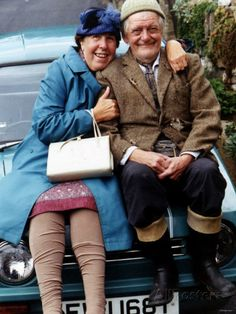 "Nora Batty (Kathy Staff) & William 'Compo' Simmonite (Bill Owen), ""Last of the Summer Wine"" British Tv Comedies, Classic Comedies, British Actors, British Comedy Films, British Humour, Comedy Tv, Comedy Show, Last Of Summer Wine, English Comedy"