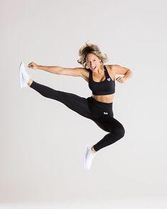 """Women's Best Wear auf Instagram: """"Those who don't jump will never fly! - Outfit: Women's Best Wear - Move leggings & sports bra – Black Marl Model wears size Small in…"""" Justiz, Best Wear, Sports Leggings, Athletes, Amazing Women, Sporty, Bra, Model, How To Wear"""