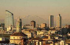 Buongiorno Milano #milano#picoftheday#photooftheday#milanodavedere#milanocity#ig_milano#amazing#happy#friends#followme#pointofview#fantastic#italy#world#city#portanuova#grigne#mountains#snow#milan by simo.shoes