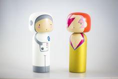 Spaceman & Ziggy discussing glam rock! #kokeshi #sketchinc #luciekaas #stardust #ziggy