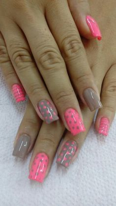 Uñas fucsia Nails, Beauty, Templates, Vestidos, Nail Art, Hot Pink, Finger Nails, Ongles, Beauty Illustration