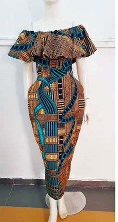 These classy Ankara styles will make you locate your tailor; if you want to turn heads at the next event you attend, then you need these Ankara styles to make a difference African Fashion Designers, African Fashion Ankara, Latest African Fashion Dresses, African Print Fashion, Africa Fashion, African American Fashion, Tribal Fashion, Short African Dresses, African Print Dresses