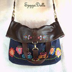 Summer Handbags, Tote Handbags, Cute Sewing Projects, Sweet Bags, Diy Purse, Simple Bags, Denim Bag, Quilted Bag, Handmade Bags