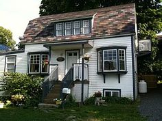 86 best places to stay images vacation rentals acre cottage rh pinterest com