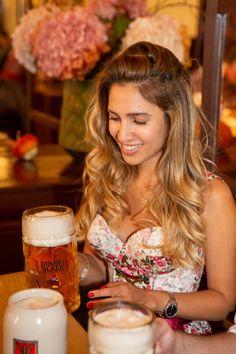 Die #WirtshausWiesn in #München geht noch bis zum 4. Oktober 2020. Wood Charcoal, Charcoal Grill, Frankfurt, City Restaurants, Grilling, Wiesbaden, October, Charcoal Bbq Grill, Crickets