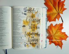 """RVR 1960 Biblia de Apuntes Gracias por todas Tus grandes bendiciones.  """"El que sacrifica alabanza me honrará; Y al que ordenare su camino, Le mostraré la salvación de Dios."""" Salmos 50:23 #RVR1960 #bibliadeapuntes #diadeacciondegracias #thanksgiving #biblejournalingenespañol #diariobiblico #journalthepsalms #mibibliacreativa #biblejournaling #amasupalabra #feilustrada #bibliacreativa #feilustrada #biblia #illustratedaith"""