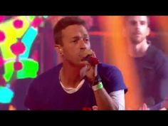 "Coldplay perform ""Adventure of a Lifetime"" live for the first time on UK TV program TGI Friday on 6 Nov 2015."
