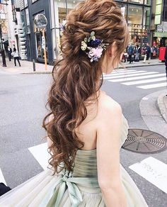 Cute Ponytail Hairstyles, Cute Ponytails, Bride Hairstyles, Korean Wedding, Flowers In Hair, Bridal Hair, Hair Inspiration, My Hair, Curly Hair Styles