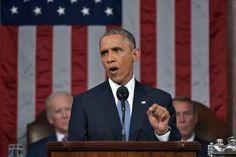 US-Präsident Barack Obama machte in seiner Rede an die Nation klar, dass der harte Kurs gegen Russland nicht aufgegeben werden dürfe. Damit sind die Bemühungen der EU um die Aufhebung der Sanktionen vorerst gestoppt. Im Hintergrund Joe Biden, der in der Ukraine besondere wirtschaftliche Ziele verfolgt. (Foto: dpa)