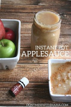{Pressure Cooker} Instant Pot Applesauce - make applesauce in less than 20 minutes with the Instant Pot - no peeling required + no added sugar or artificial junk - just 2 ingredients - DontMesswithMama.com
