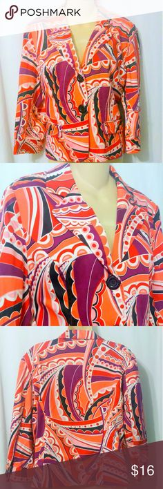 "Spense Brightly Printed Cotton Blazer  This lovely brightly printed blazer is made by Spense and is a size large. It is done in a fully lined 95% cotton 5% spandex blend. Measurements are: Bust 44"", waist 38"", sleeves 20"", length 23"". In beautiful condition! Spense Jackets & Coats Blazers"