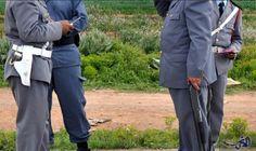 النائب العام يصدر أمرًا بتوقيف شرطيين في الناظور: أمر النائب العام في الناظور توقيف شرطيين تابعين لمكناس، عقب هروب أخطر تاجر للمخدرات من…