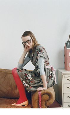 Gray dress w/ white floral print w/ red tights