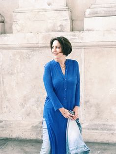 Ultimate dress-over-jeans combo - Urskastyle Dress Over Jeans, Style Fashion, Fashion Outfits, Vienna, Street Style, Inspiration, Dresses, Design, Fashion Suits