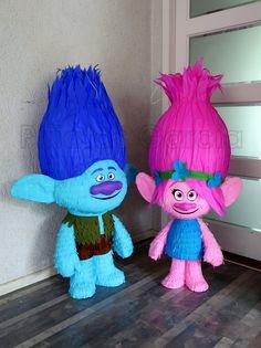 Trolls piñata's, Branch & Poppy! Birthday Pinata, Trolls Birthday Party, Troll Party, 4th Birthday Parties, Third Birthday, Baby Party, Unicorn Party, Trolls Piñata, Poppy Party Ideas
