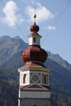 Maria_Luggau_im Lesachtal (Aut) Kirchen, Bird, Outdoor Decor, Home Decor, Snow, Room Decor, Birds, Home Interior Design, Home Decoration
