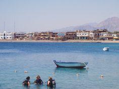 So happy I learnt to dive in Dahab, Egypt! Photo by Tarinoita Maailmalta travel blog.