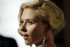 Scarlett Johansson - ELLE Magazine 14th Annual Women Party - Photo 22 | Celebrity Photo Gallery | Vettri.Net