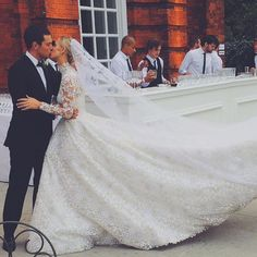 25 Photos That Will Convince You to Go Modest on Your Wedding Day | POPSUGAR Fashion UK