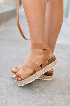 """Elastic ankle strap Platform heel Cork footbed with fiber accent sole 1.5"""" platform/2"""" heel Fits true to size."""