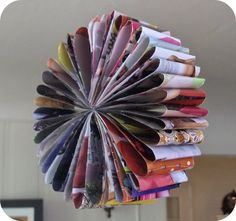 recycled magazine=craft for kids kid-projects Paper Flower Garlands, Flower Decorations, Paper Flowers, Paper Decorations, Craft Flowers, Crafts To Make, Crafts For Kids, Arts And Crafts, Diy Crafts