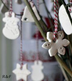 Hófehér karácsonyi díszek   Retikül és fűszerdoboz