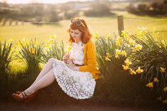 aclotheshorse: daffodil road