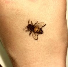 Honey Bee tattoos ------------------------------   You will receive 5 honey bee tattoos. These tattoos are