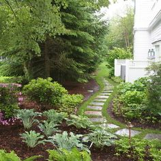 Small Front Yard Landscaping Design, Pictures, Remodel, Decor and Ideas - page 30